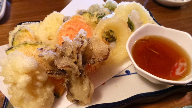Some crunchy fresh vegetable tempura