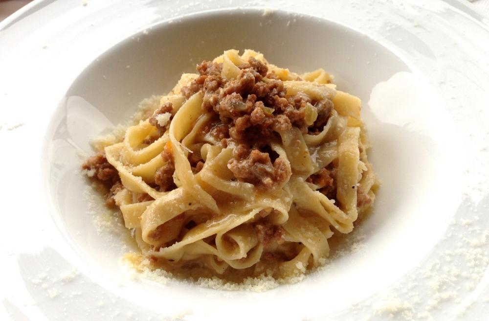 Meat ragu pasta